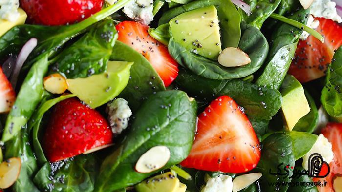 استفاده از سبزیجات تیره و مفید مانند اسفناج برای برطرف سازی کم خونی